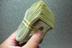 How to find low interest loans with money lenders?